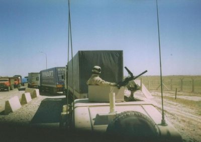 Iraq US army guards